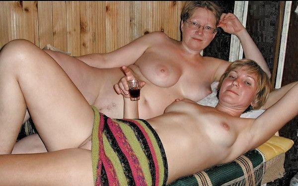 granny sisters posing naked