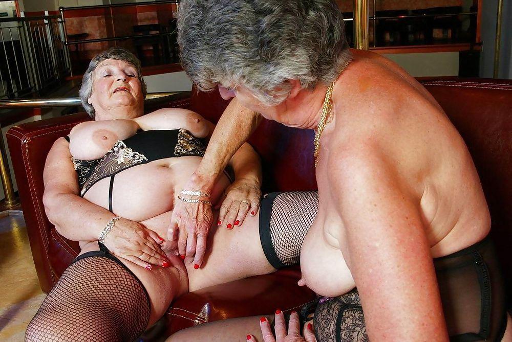 Prparation avant grosse sodomie - Sexe Gratuit sur MrSexe